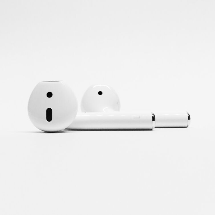 Objects design airpods (Demo)